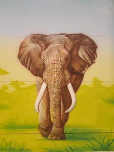 elephant big mural