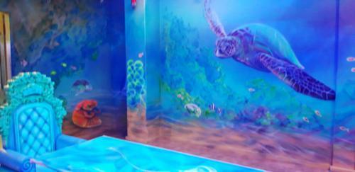 turtle, underwater room mural